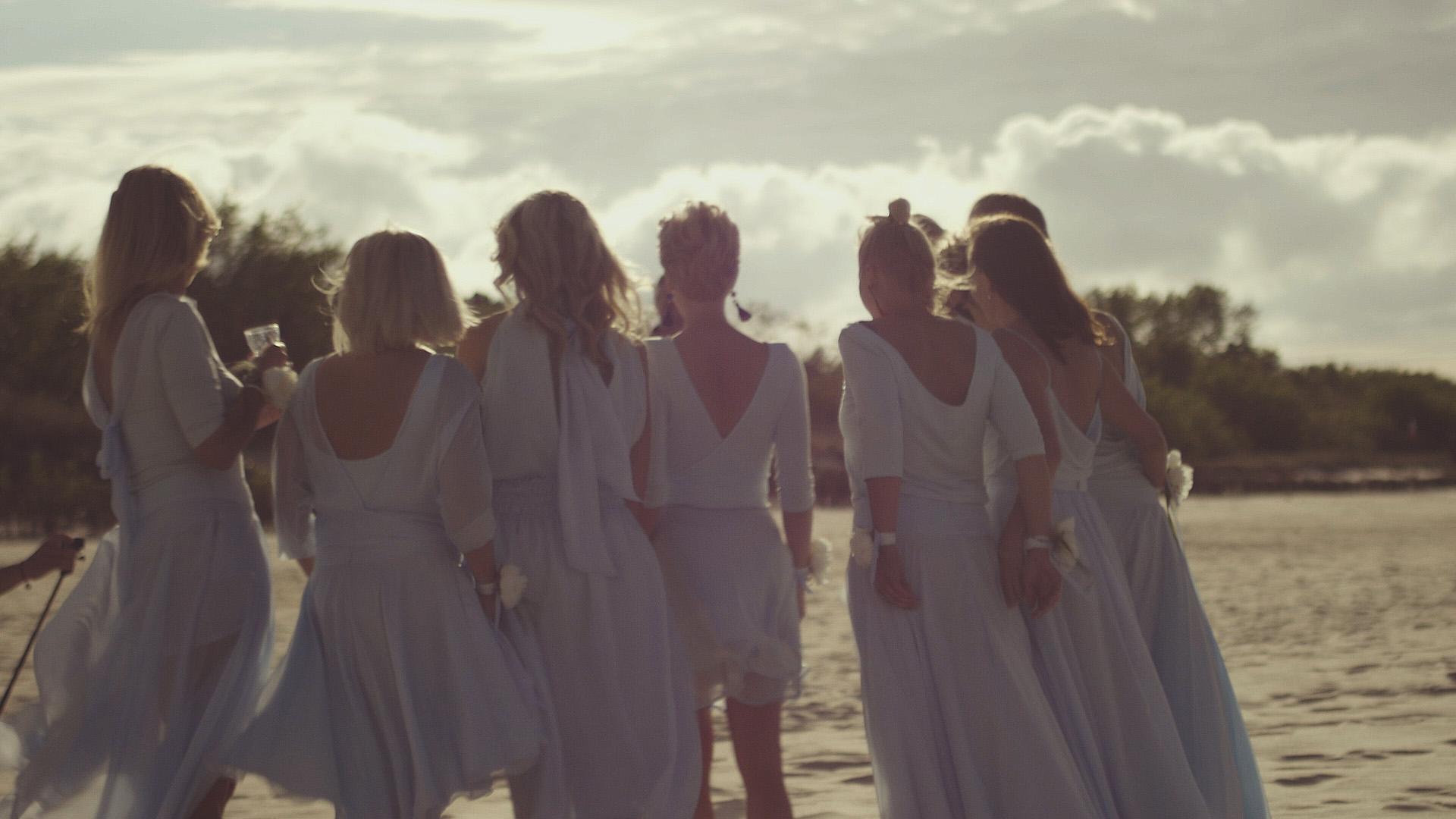 21 druhny hel na plaży ślub wesele