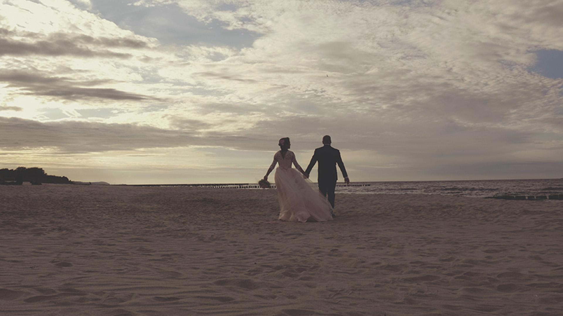 3 para młoda ślub nad morze