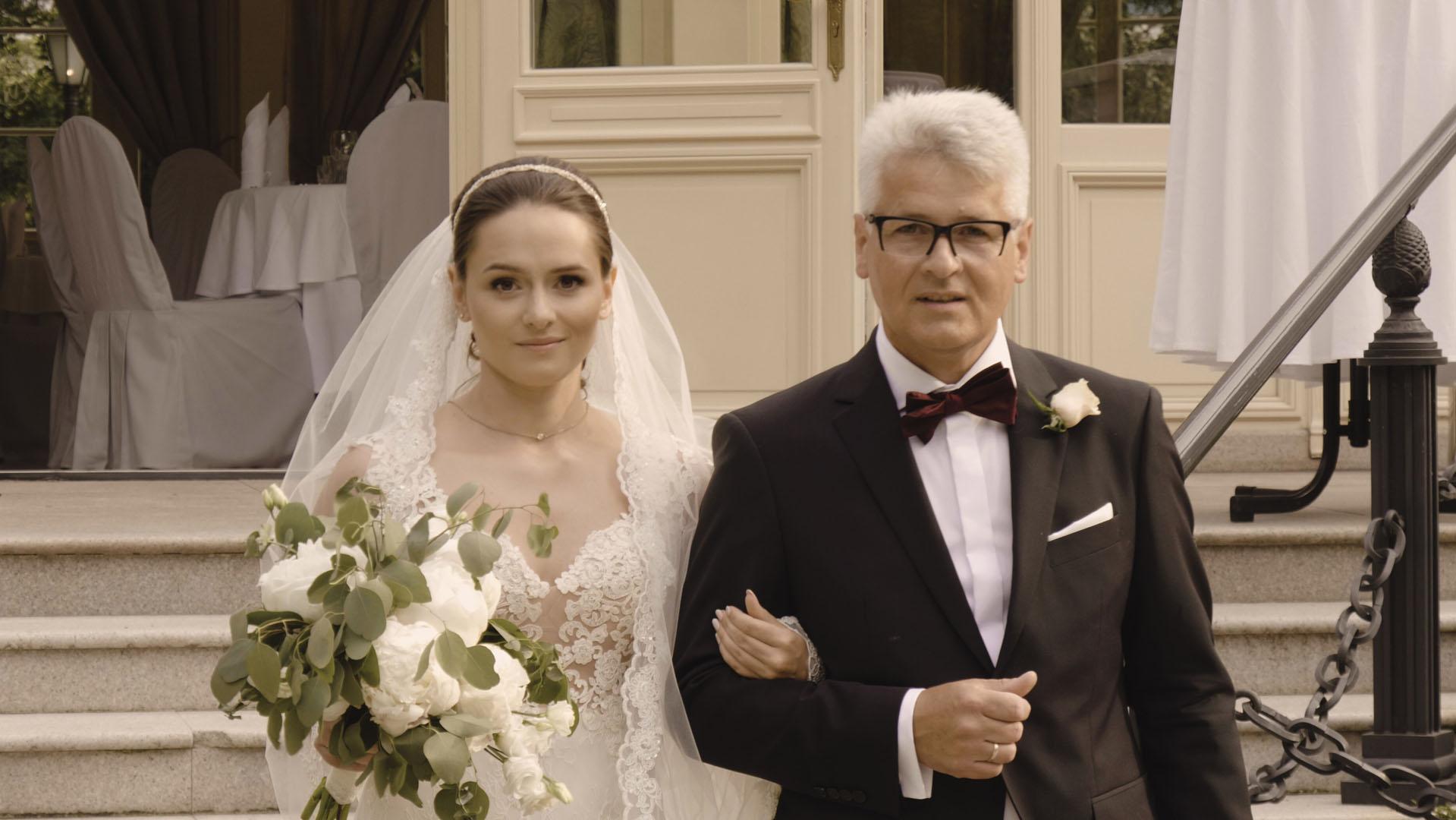 34 ojciec prowadzi córkę do ślubu teledysk ślubny
