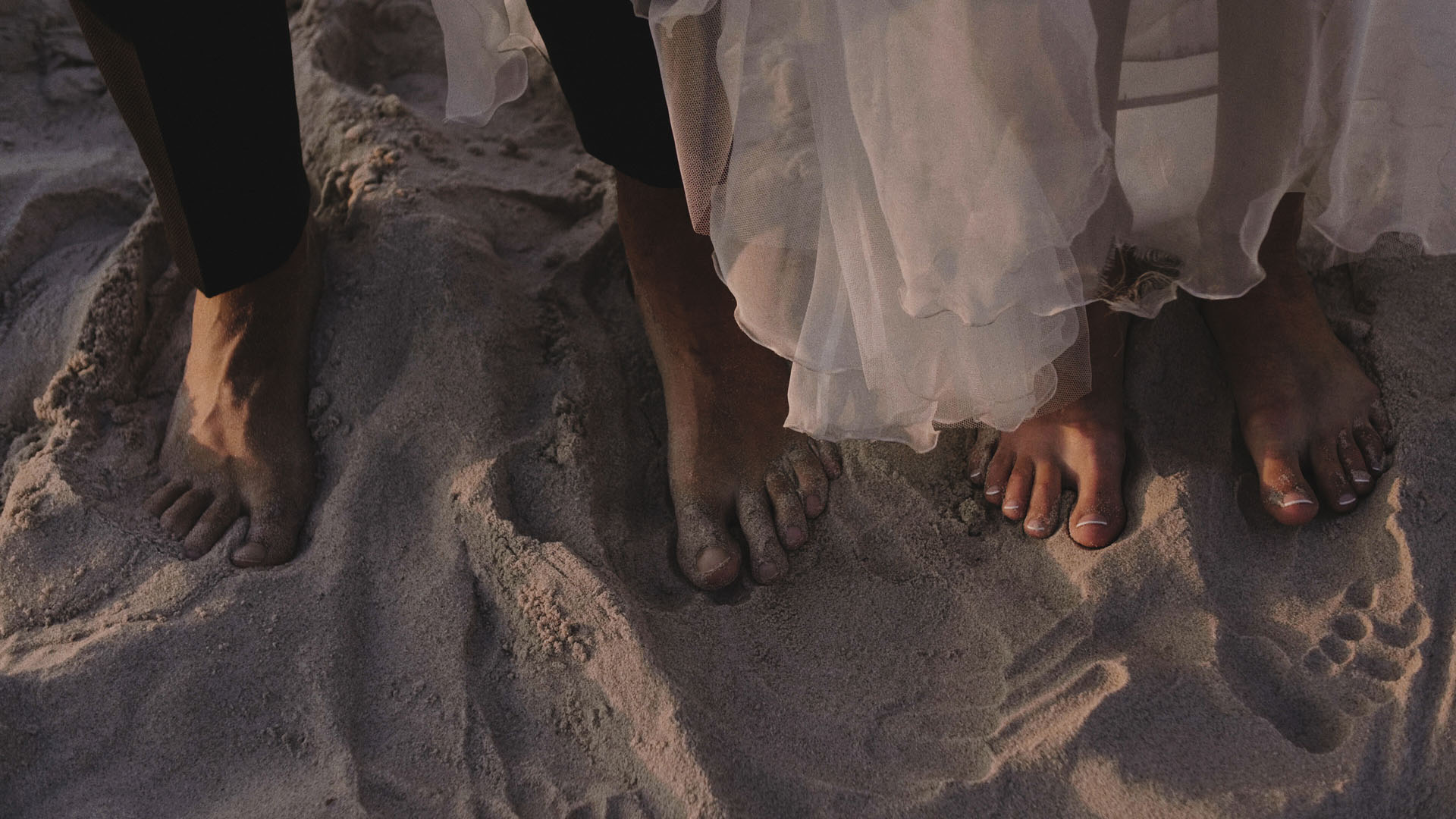 10 piasek hel para młoda sesja ślubna film