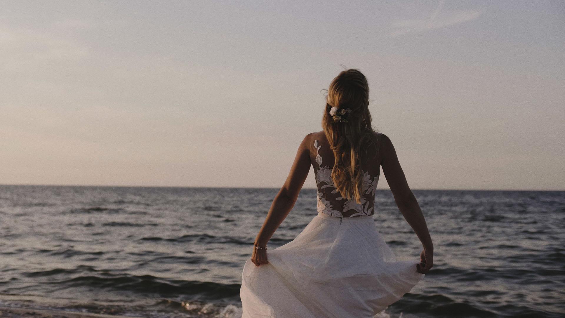 21 sesja ślubna nad morzem panna młoda