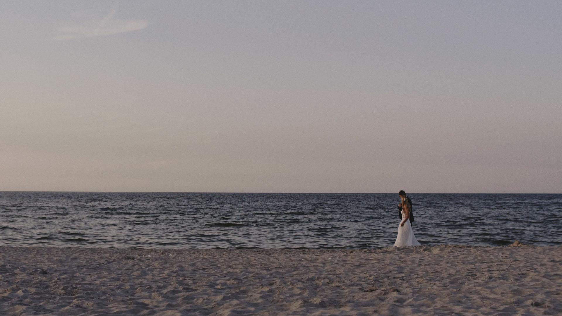 23 para młoda nad morzem wesele