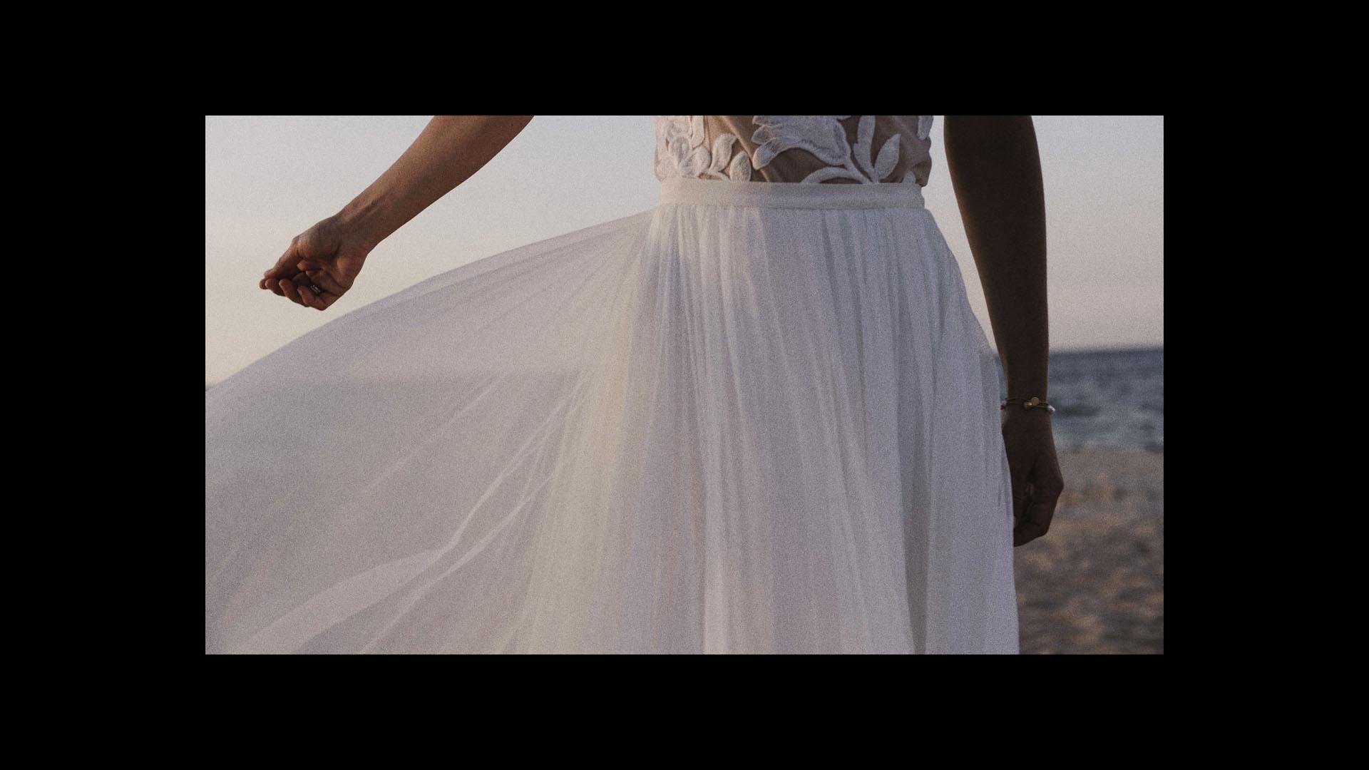 54 panna młoda suknia
