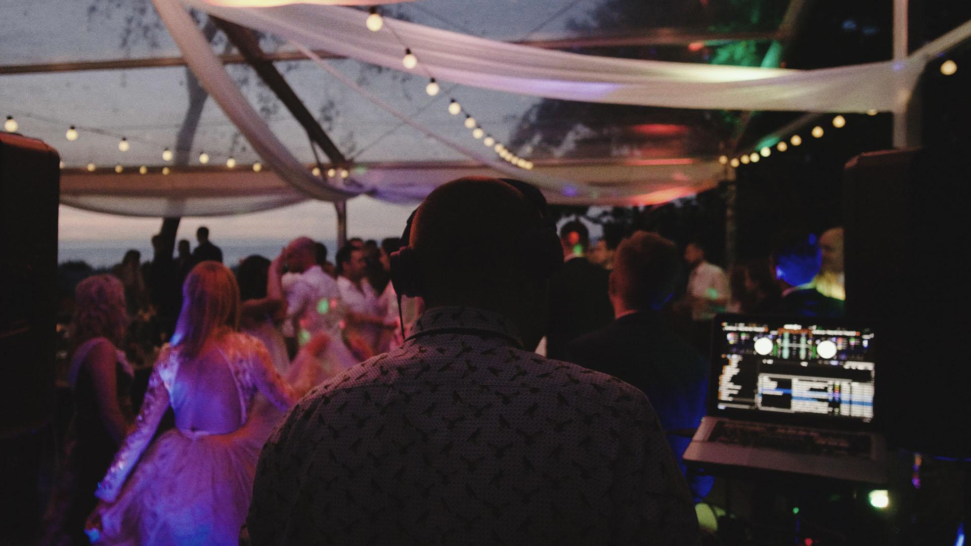 58 ślub na helu wesele na plaży film ślubny