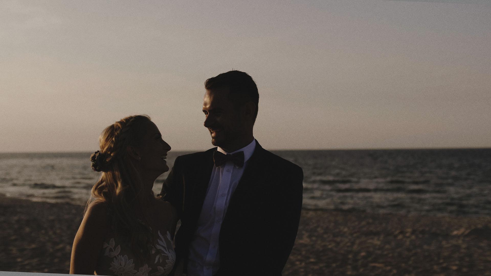 8 sesja plenerowa nad morzem plener nad morzem para młoda teledysk ślubny