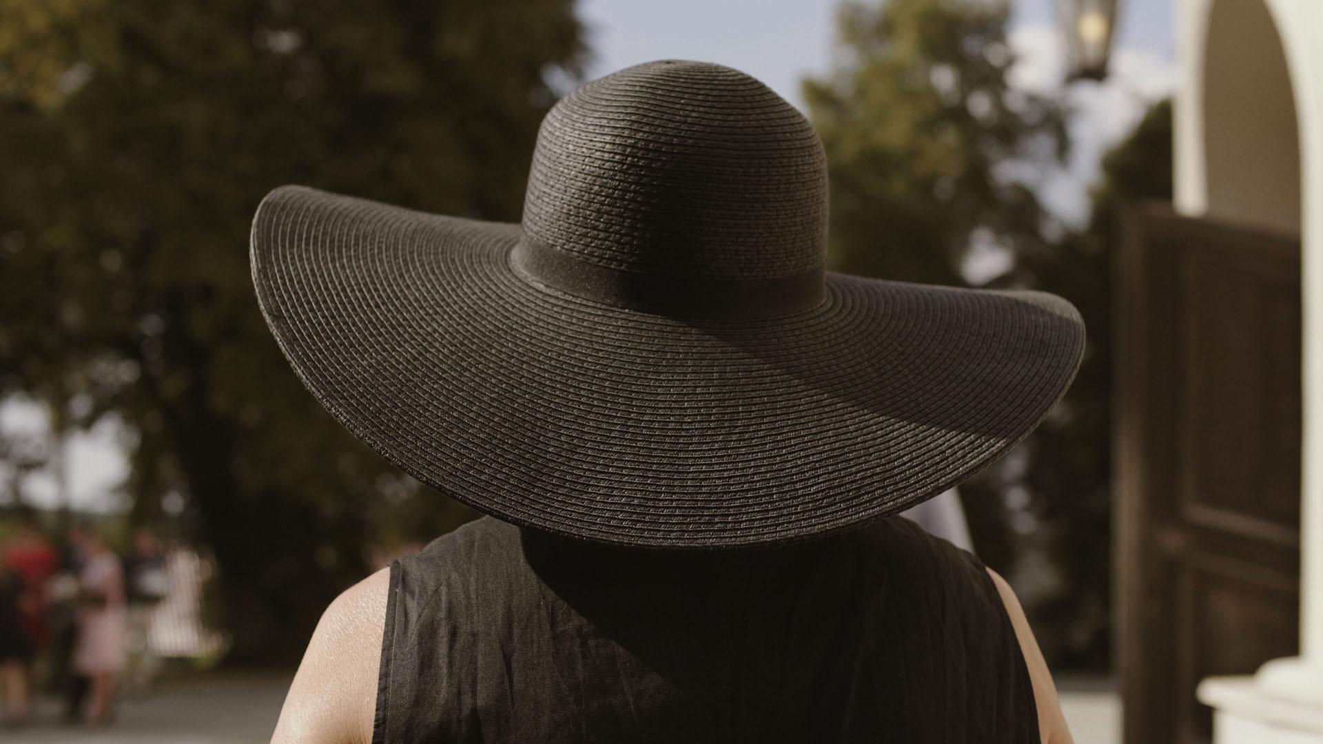 36 wesele kapelusz weranda home