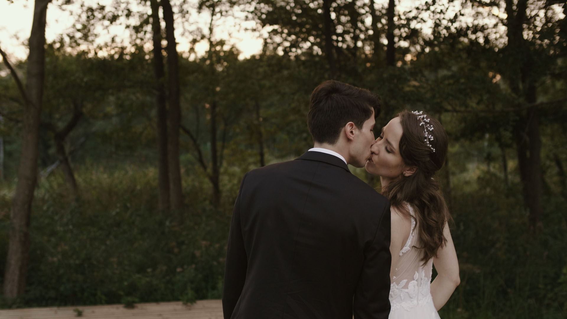 37 młoda para sesja plenerowa wesele