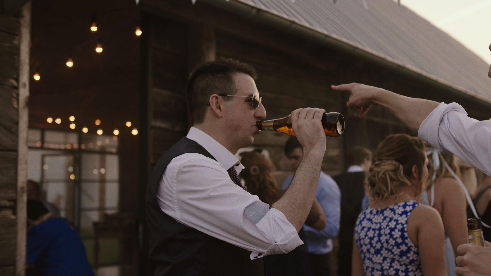 101 folwark ruchenka stodoła wesele ślub humanistyczny. film ślubny