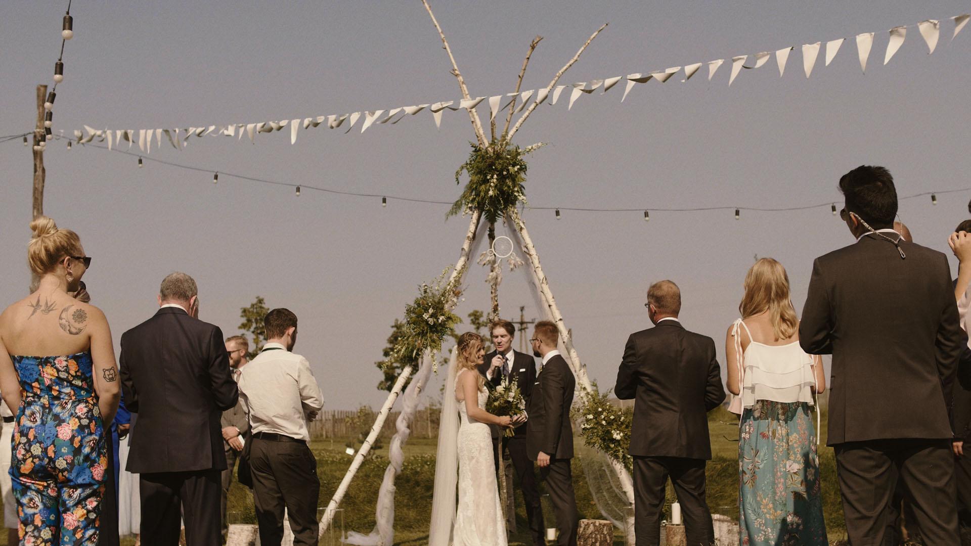 70 folwark ruchenka stodoła wesele ślub humanistyczny. film ślubny