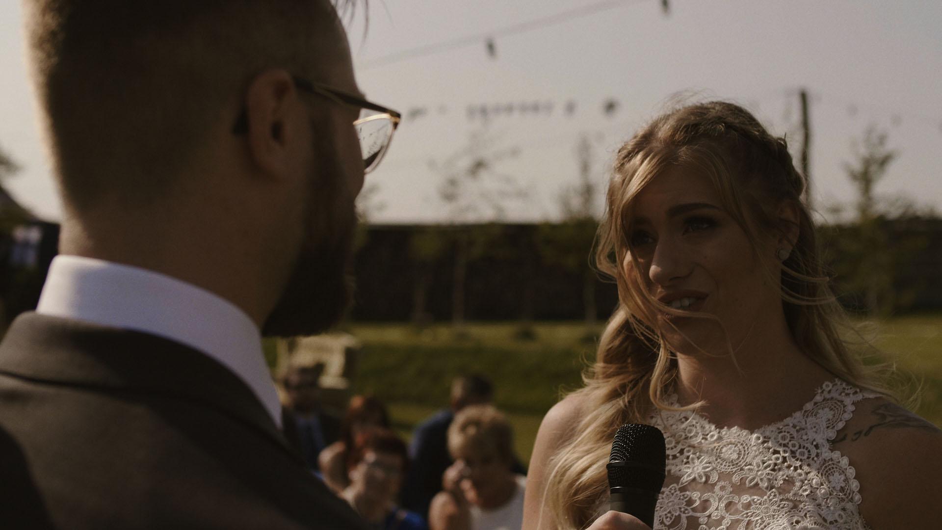 76 folwark ruchenka stodoła wesele ślub humanistyczny. film ślubny