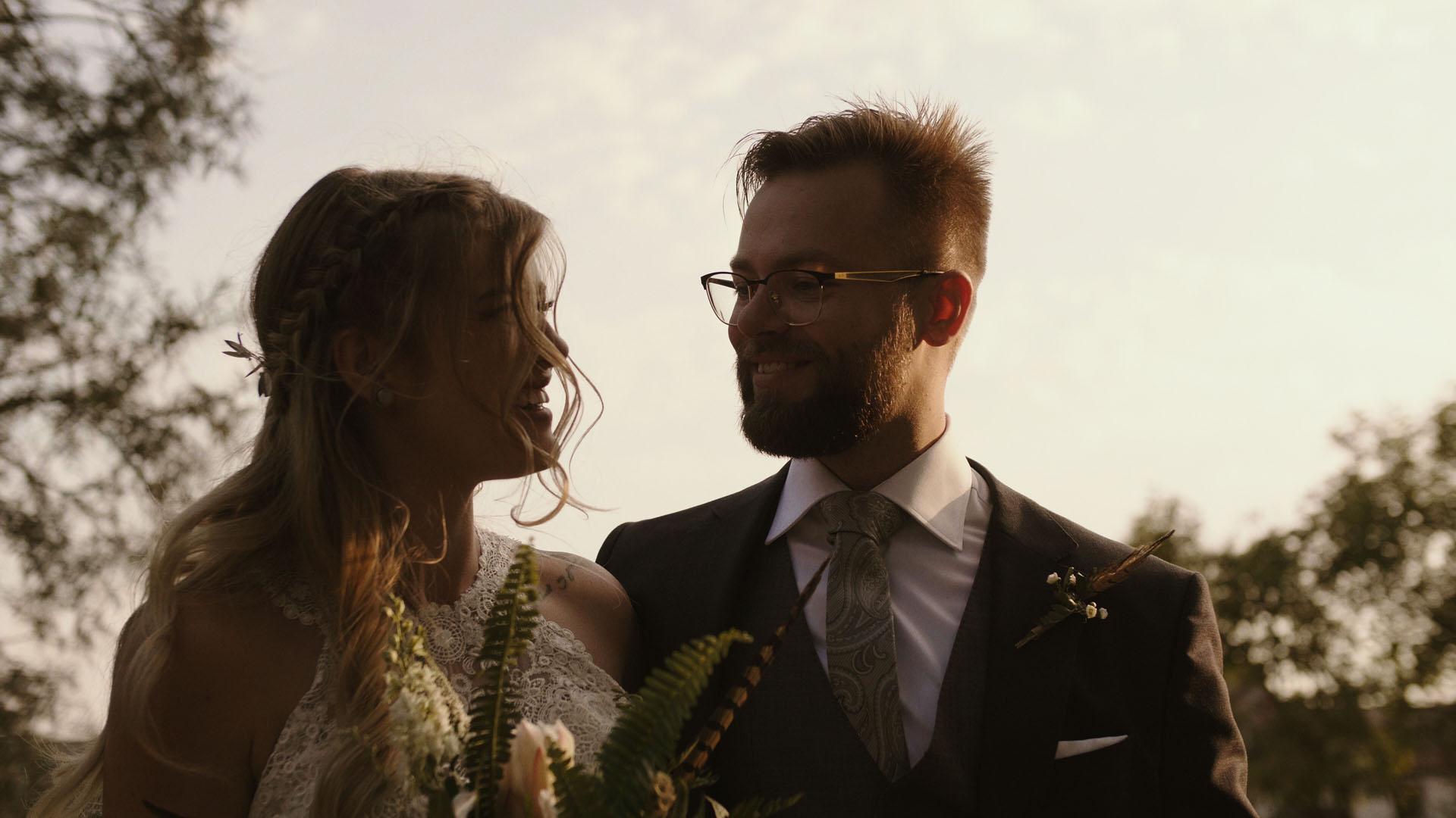 83 folwark ruchenka stodoła wesele ślub humanistyczny. film ślubny