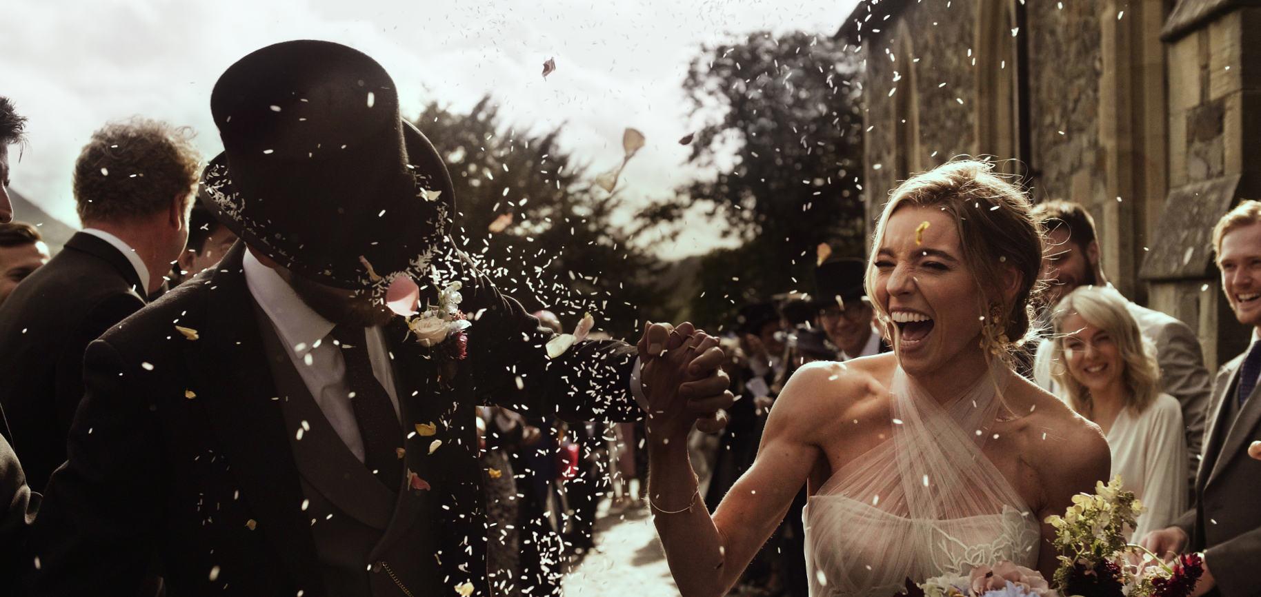 plas dinam ślub wielka brytania ślub za granicą wesele w stodole walia film ślubny