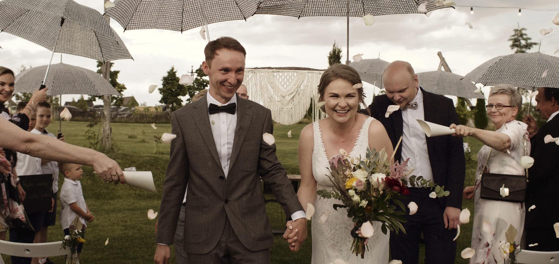 folwark ruchenka ślub humanistyczny cywilny piękne przysięgi film ślubny wesele w plenerze